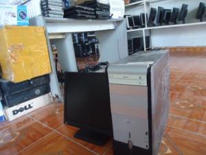 Lô máy tính bàn asus +màn hình 17in rẻ như bèo