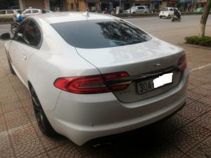 Jaguar XF 2.0 , sản xuất 2012, đăng ký 2014 xe tư nhân. Màu trắng