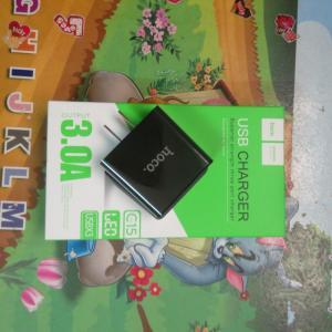 Cốc sạc cao cấp Hoco 3 cổng có LCD