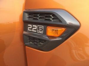 Khuyến mãi mua Ford Ranger Wildtrak 2017, số tự động