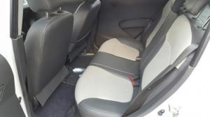 Bán Chevrolet Spark LTZ 1.0AT 2015 màu trắng số tự động mới 99%