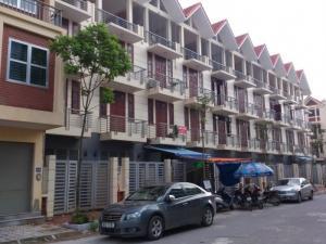 Bán nhà liền kề kiến trúc Châu Âu ngõ 193 Văn Cao
