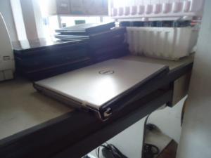 Laptop Vỏ Nhôm I5 Giá Rẻ