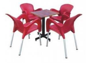 Cần thanh ý gấp số lượng lớn bàn ghế cafe nhiều loại (ghế nhựa đúc,nhựa giả mây)
