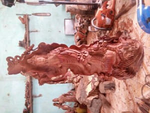 Tượng phật quan âm được tạt từ gỗ hương