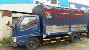 Hyundai IZ49 2,3 tấn thùng bạt