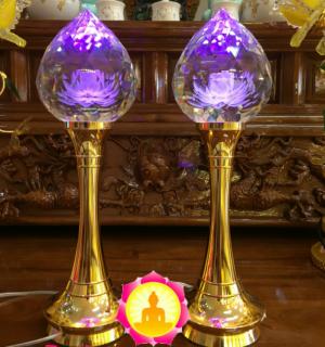 Đèn Thờ Pha Lê Chân Đồng Hoa Sen Nổi