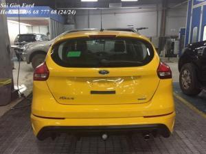 Khuyến Mãi Mua Ford Focus Trend, Màu Vàng, Số Tự Động - Hỗ trợ trả góp lãi suất thấp, giao xe nhanh.