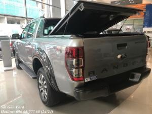 Mua xe Ford Ranger Wildtrak 3.2L 2017 trả góp 150 triệu, số tự động, màu xám, giao xe tháng 08/2017