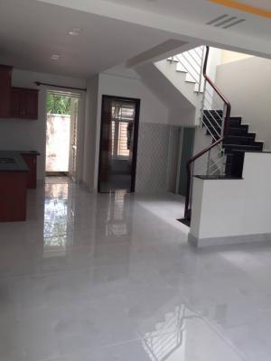 Bán biệt thự mini đường Huỳnh Tấn Phát Nhà Bè, DT 7x17m, 1 lầu, 4 PN
