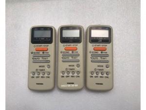Remote Máy Lạnh TOSHIBA, Mới 100%,Tặng kèm 2 Pin 3A,Gía 110k