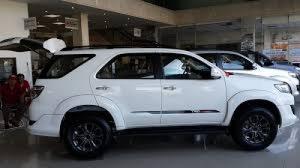 Cho thuê xe tự lái TPHCM nhanh