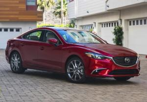 Mazda 6 ưu đãi lớn