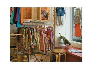 Cửa hàng quần áo cần tuyển gấp 04 bạn