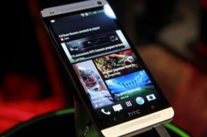 Điện thoại HTC One M7 Gold Full Box - M7