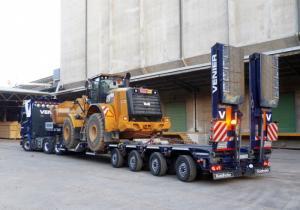 Bán Rơ Mooc siêu trường siêu trọng  Goldhofer  nhập khẩu Đức đời 2015 180 tấn, 4 trục