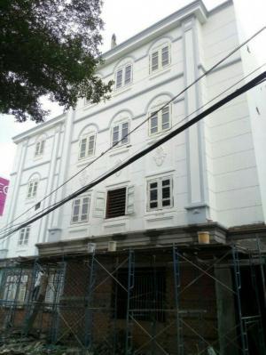 Cho thuê nhà 2 mặt tiền Tên Lửa, ngay siêu thị Aeon Bình Tân