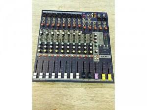 Mixer soundcraft efx8