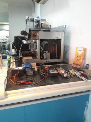 Sửa máy pha cà phê tự động tại TPHCM