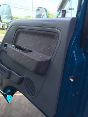 Thaco Kia K165 tải 2,4 tấn với các option thùng lửng, thùng mui bạt, thùng kín