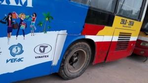Thanh lý lô  Xe Bus B60 Trung Quốc, đời 2006 tuyến bus nội đô Hà Nộị số lượng 37, liên hệ có giá tốt nhất