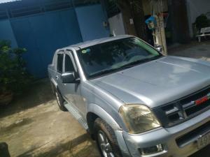Xe bán tải Isuzu Dmax 2007