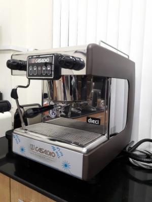 Bán thanh lý máy pha cà phê CASADIO 1 group giá rẻ 35tr/máy.