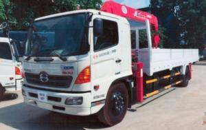 Hino FC9J Gắn cẩu Unic 3 tấn. Tải trọng 4,65 tấn, chiều dài thùng hàng 6,12m