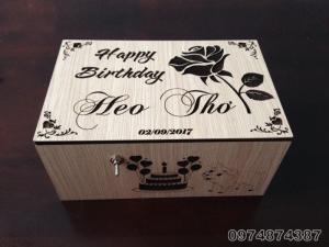 Hộp vô dụng. Useless Box. Quà sinh nhật tặng người yêu, khắc tên, thiết kế theo yêu cầu