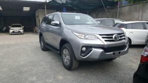 Bán xe Toyota FORTUNER 2.4G Máy Dầu, mới 100%, nhập khẩu nguyên chiếc