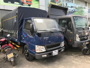Xe tải IZ49 Isuzu 2t3 đi thành phố ban ngày