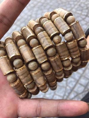 Vòng Tay gỗ trầm hương