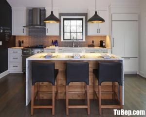 Thiết kế bếp cho căn hộ chung cư chất liệu gỗ công nghiệp– TBN0019