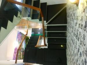 Nhà 3 tầng mới, phòng ngủ view biển, đầy đủ nội thất ven biển Thanh Khê