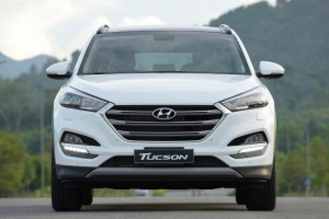 Hyundai Tucson 2017  máy xăng 2.0 tiêu chuẩn