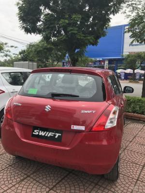 Cần bán Suzuki Swift đời 2017, màu đỏ, 459tr
