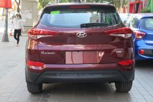 Hyundai Tucson 2017  máy xăng 2.0 full mới 100%