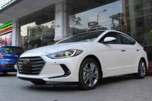 Hyundai elantra 1,6AT mới 100% giảm tiền mặt 90trieu