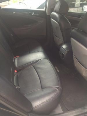Bán Hyundai Sonata 2.0AT nhập Hàn Quốc 2010 màu đen vip