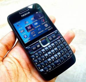 Nokia E63 Zin New chính hãng có 3G,WiFi pin trâu siêu rẻ, Có giao tới