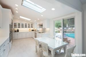 Tủ bếp gỗ Tần Bì thiết kế phù hợp không gian rộng – TBT23