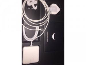 Cần bán Macbook Air 13-inch mua tại FPT