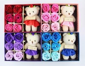 Hoa Sáp 6 Bông Kèm Gấu Có Hộp, Hoa Hồng Sáp- MSN1831019