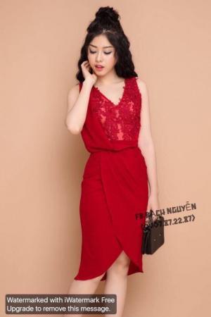 Đầm body cổ đỗ phối ren tùng chéo màu đỏ D355