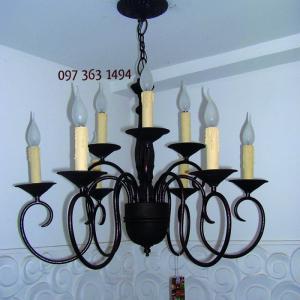 Đèn chùm sắt trang trí cổ điển mang phong cách độc đáo