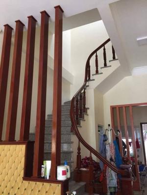 Cần bán nhà mặt đường mới xây tại Ngô Thì Nhậm