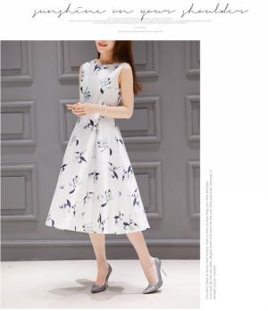 Đầm vintage họa tiết hoa ly