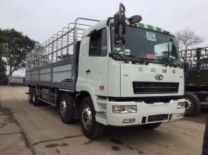 Xe tải 4 chân camc máy YC đời 2015 nhập khẩu .