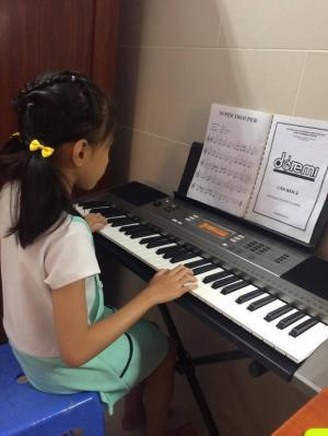Dạy đàn Organ và Luyện chữ đẹp