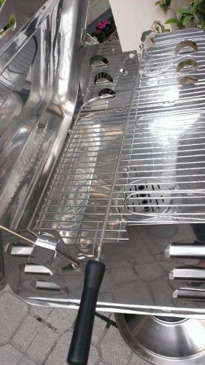 Bếp nướng inox có nắp đậy Landmann 11285, bếp nướng than hoa dùng ngoài trời